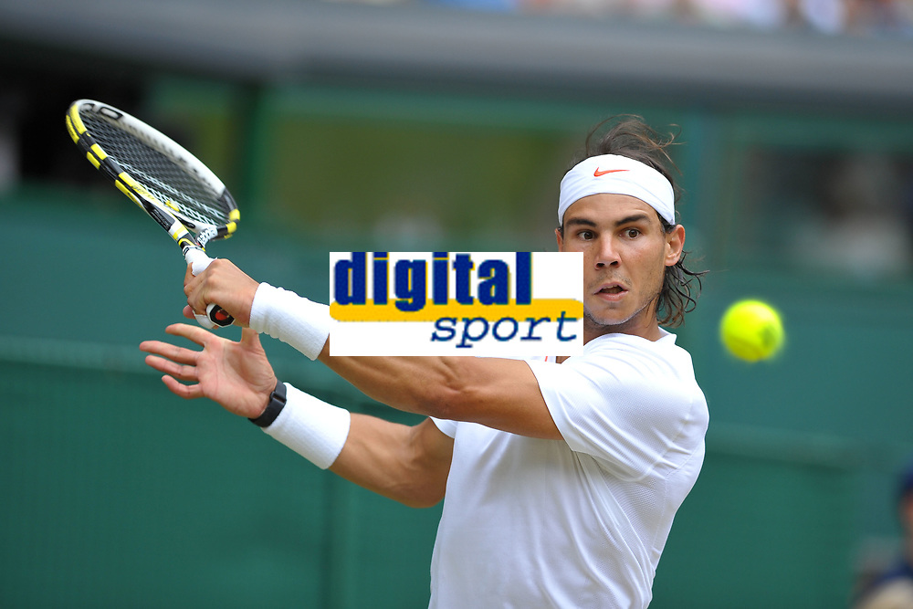 TENNIS - WIMBLEDON CHAMPIONSHIPS 2010 - LONDON (GBR) - 04/07/2010 - PHOTO : ANTOINE COUVERCELLE / TENNIS MAG / DPPI<br /> MEN SINGLES FINAL - RAFAEL NADAL (SPA)