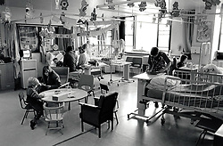 Children's ward, Queen's Medical Centre hospital, Nottingham March 1989 UK