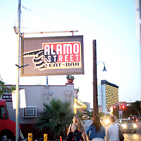 Alamo Steet  Eat-Bar
