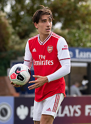 BOREHAMWOOD, ENGLAND - Saturday, September 28, 2019: Arsenal's Héctor Bellerín in action during the Under-23 FA Premier League 2 Division 1 match between Arsenal FC and Liverpool FC at Meadow Park. (Pic by Kunjan Malde/Propaganda)