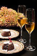 Lava cake and US sparkling wine