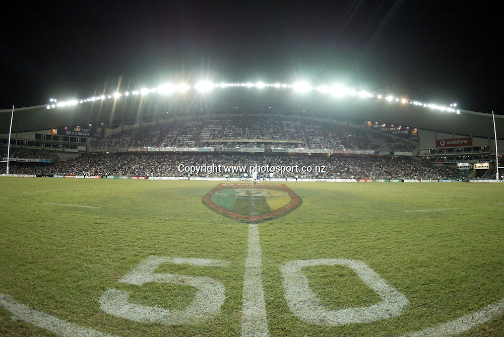 View of the ground during the rugby union Super 12 match between the Waratahs and Highlanders at Sydney Football Stadium, 13 April, 2002. Photo: Sandra Teddy/PHOTOSPORT<br /><br /><br /><br />046673 *** Local Caption ***