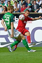 28.08.2010, Weser Stadion, Bremen, GER, 1.FBL, Werder Bremen vs 1. FC Koeln im Bild Per Mertesacker ( Werder #29 ) Lukas Podolski (Koeln #10)   EXPA Pictures © 2010, PhotoCredit: EXPA/ nph/  Kokenge+++++ ATTENTION - OUT OF GER +++++