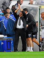 Photo: Leigh Quinnell.<br /> Queens Park Rangers v Cardiff City. Coca Cola Championship. 18/08/2007. Cardiff manager Dave Jones thanks the fans after the game.