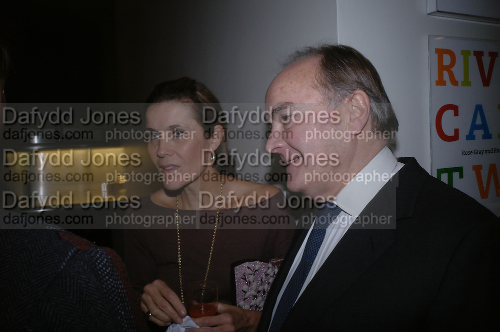 Lady Palumbo and Sir Peter Palumbo. Ellsworth Kelly exhibition opening. Serpentine Gallery and afterwards at the River Cafe. London. 17 March 2006. ONE TIME USE ONLY - DO NOT ARCHIVE  © Copyright Photograph by Dafydd Jones 66 Stockwell Park Rd. London SW9 0DA Tel 020 7733 0108 www.dafjones.com