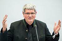 """24 APR 2017, BERLIN/GERMANY:<br /> Prof. Dr. Robert Schloegl, Direktor Max-Planck-Institut fuer Chemische Energiekonversion, 9. Energiepolitischer Dialog der CDU/CSU-Fraktion im Deutschen Bundestag """"Spannungsfeld Energiewende - Die Energiewende wirtschaftlich gestalten"""", Fraktionssitzungssaal, Deutscher Bundestag<br /> IMAGE: 20170424-01-063<br /> KEYWORDS: Prof. Dr. Robert Schlögl,"""