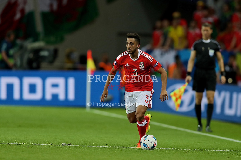 TOULOUSE, FRANCE - Monday, June 20, 2016: Wales' Neil Taylor in action against Russia during the final Group B UEFA Euro 2016 Championship match at Stadium de Toulouse. (Pic by David Rawcliffe/Propaganda)