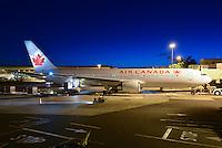 Air Canada Boeing 767 Honolulu Airport