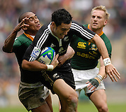 Twickenham, England.RSA's,  Dusty NOBLE gets to grips with all Black's, Zac LAWRENCE, during the NZ vs RSA, match at the London Sevens Rugby, Twickenham Stadium, Sun, 27/05/2007 [Credit Peter Spurrier/ Intersport Images]