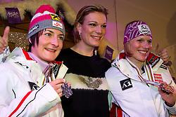 19.02.2011, Tirol Berg, Garmisch Partenkirchen, GER, FIS Alpin Ski WM 2011, GAP, Milka Night, im Bild silber Medaille Kathrin Zettel (AUT), Maria Riesch (GER), Gold Medaille und Weltmeister Marlies Schild (AUT) // silver medal Kathrin Zettel (AUT), Maria Riesch (GER), Gold Medal and World Champion Marlies Schild (AUT) during Milka Night Fis Alpine Ski World Championships in Garmisch Partenkirchen, Germany on 19/2/2011. EXPA Pictures © 2011, PhotoCredit: EXPA/ J. Groder