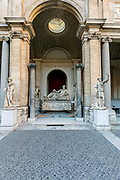 Rome, Vatican Museums, Cortile Ottagono, tourists