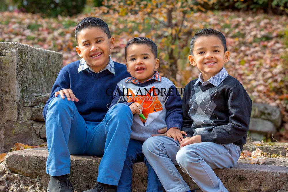 The Santacruz Family