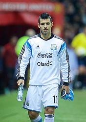 MANCHESTER, ENGLAND - Tuesday, November 18, 2014: Argentina's substitute Sergio Aguero before the International Friendly match against Portugal at Old Trafford. (Pic by David Rawcliffe/Propaganda)
