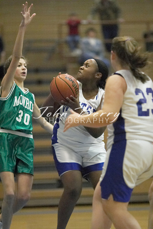 MCHS 8th Grade Girls..vs Greene..Second Period..December 13, 2004