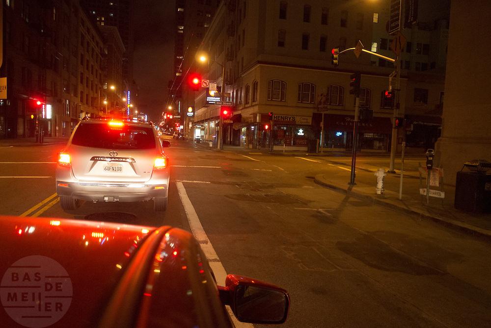 Het verkeer in San Francisco 's avonds.<br /> <br /> Traffic in the evening in San Francisco.