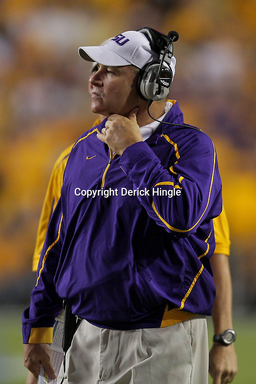 Oct 10, 2009; Baton Rouge, LA, USA; LSU Tigers head coach Les Miles on the sideline during a game against the Florida Gators at Tiger Stadium. Florida defeated LSU 13-3. Mandatory Credit: Derick E. Hingle-US PRESSWIRE