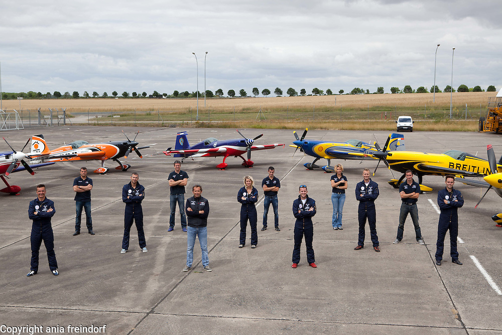 Aerial Acrobatics French Team, Chateauroux, during the training before the World Aerial Acrobatics Championship in August 2015, France, Alexandre Orlowski, Alexis Busque, Aude Lemordant, Baptiste Vignes, Eric Vazeille, Francois Rallet, Jerome Houdier, Louis Vanel, Melanie Astles, Mikael Brageot, Olivier Masurel, Simon Delabreteche,