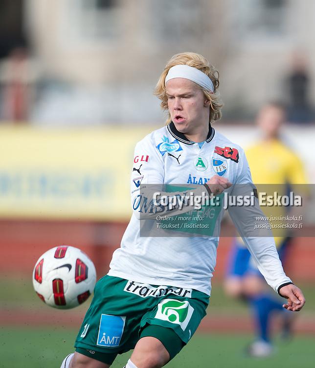Petteri Forsell. Gnistan - IFK Mariehamn. Suomen Cup. 7. kierros. Helsinki 25.4.2012. Photo: Jussi Eskola