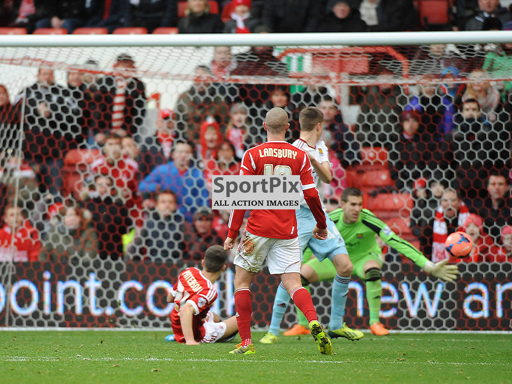 Nottingham Forest Jamie Paterson Fires in Forests 3rd Goal past West Ham Keeper Adrian, 5TH January 2014
