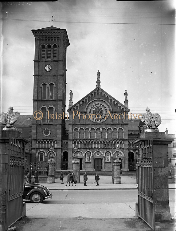 30/03/1957<br /> 03/30/1957<br /> 30 March 1957<br /> <br /> Thurles, Cathedral, Co. Tipperary