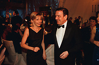 12 NOV 1999, BERLIN/GERMANY:<br /> Gerhard Schröder, Bundeskanzler, und Ehefrau Doris Schröder-Köpf, auf dem Bundespresseball 1999, Hotel Intercontinental<br /> Gerhard Schroeder, Fed. Chancellor, Germany, and his wife Doris Schroeder-Koepf, at the Bundespresseball 1999<br /> IMAGE: 19991112-01/04-11<br /> KEYWORDS: ball, Frau, Freizeit, Gesellschaft, society