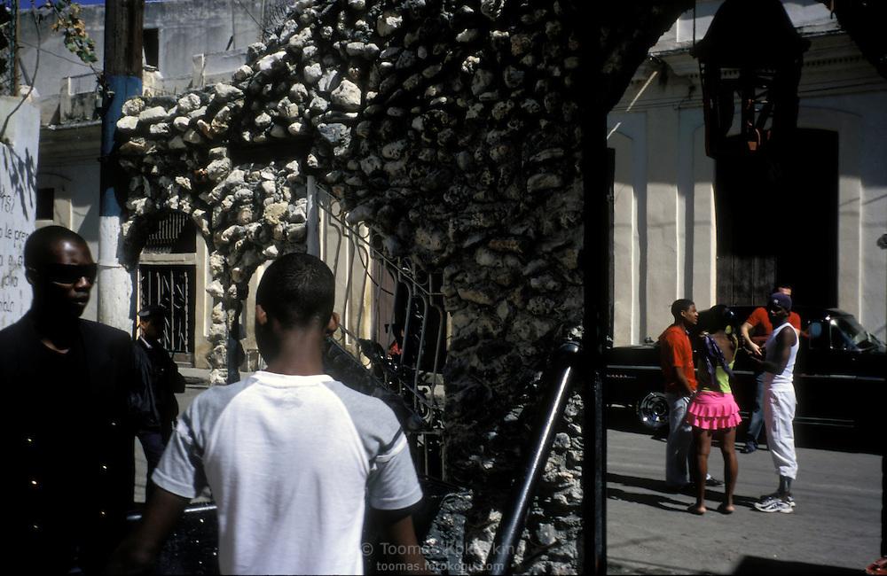 """Artists' corner """"Callejon de Hamel"""" in Habana, Cuba"""