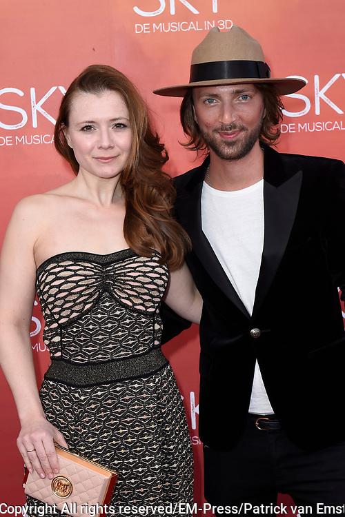 Premiere van de 3D musical Sky in Theater Amsterdam.<br /> <br /> Op de foto:  Celine Purcell en Tommy Driessen