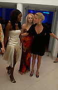Antoinette Williams, Joanna Downes and Rachel Hunter. Art Plus dance fundraising party. Whitechapel gallery. 21 March 2005. ONE TIME USE ONLY - DO NOT ARCHIVE  © Copyright Photograph by Dafydd Jones 66 Stockwell Park Rd. London SW9 0DA Tel 020 7733 0108 www.dafjones.com