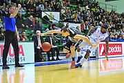 DESCRIZIONE : Eurocup 2013/14 Gr. J Dinamo Banco di Sardegna Sassari -  BCM Gravelines Dunkerque<br /> GIOCATORE : Jonathan Rousselle<br /> CATEGORIA : Palleggio Fallo<br /> SQUADRA : BCM Gravelines Dunkerque<br /> EVENTO : Eurocup 2013/2014<br /> GARA : Dinamo Banco di Sardegna Sassari -  BCM Gravelines Dunkerque<br /> DATA : 22/01/2014<br /> SPORT : Pallacanestro <br /> AUTORE : Agenzia Ciamillo-Castoria / Luigi Canu<br /> Galleria : Eurocup 2013/2014<br /> Fotonotizia : Eurocup 2013/14 Gr. J Dinamo Banco di Sardegna Sassari - BCM Gravelines Dunkerque<br /> Predefinita :