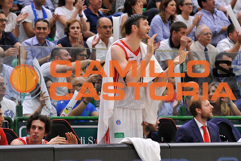 DESCRIZIONE : Campionato 2014/15 Serie A Beko Dinamo Banco di Sardegna Sassari - Grissin Bon Reggio Emilia Finale Playoff Gara3<br /> GIOCATORE : Darius Lavrinovic<br /> CATEGORIA : Panchina Ritratto<br /> SQUADRA : Grissin Bon Reggio Emilia<br /> EVENTO : LegaBasket Serie A Beko 2014/2015<br /> GARA : Dinamo Banco di Sardegna Sassari - Grissin Bon Reggio Emilia Finale Playoff Gara3<br /> DATA : 18/06/2015<br /> SPORT : Pallacanestro <br /> AUTORE : Agenzia Ciamillo-Castoria/C.Atzori