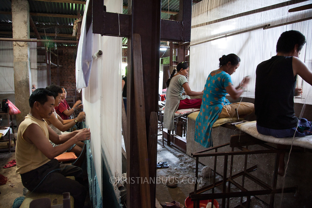 Ashal Carpet Factory does not employ children and is a licensee of the GoodWeave Foundation and their carpets carry the GWF label. It is a category C however and GWF inspectors come by regularly to check for child workers.