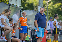 BLOEMENDAAL   - coach Jeroen Visser (Bldaal) tijdens de  oefenwedstrijd dames Bloemendaal-Victoria, te voorbereiding seizoen 2020-2021.   COPYRIGHT KOEN SUYK