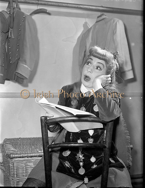 Maureen Potter. Comedian. 1957 - 07:02<br />