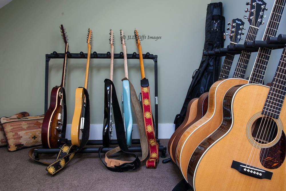 Nine, count 'em, nine guitars