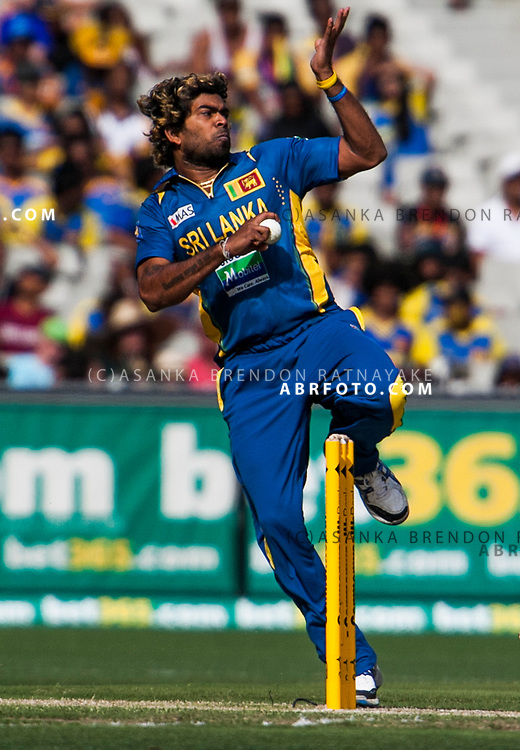 Lasith Malinga. ONE DAY INTERNATIONAL AUSTRALIA V SRI LANKA - 11th JANUARY 2013. Action from game 1 of the Commonwealth Bank Series Australia v Sri Lanka played at the Melbourne Cricket Ground in Melbourne,Victoria, Australia. Photo Asanka Brendon Ratnayake SMP Images.