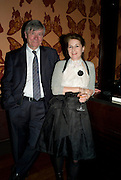 PIERS PAUL READ AND JANE TAYLOR, The launch of the new James Bond book Devil May Care, by Sebastian Faulks. 27 May at FIFTY, St James. London *** Local Caption *** -DO NOT ARCHIVE-© Copyright Photograph by Dafydd Jones. 248 Clapham Rd. London SW9 0PZ. Tel 0207 820 0771. www.dafjones.com.