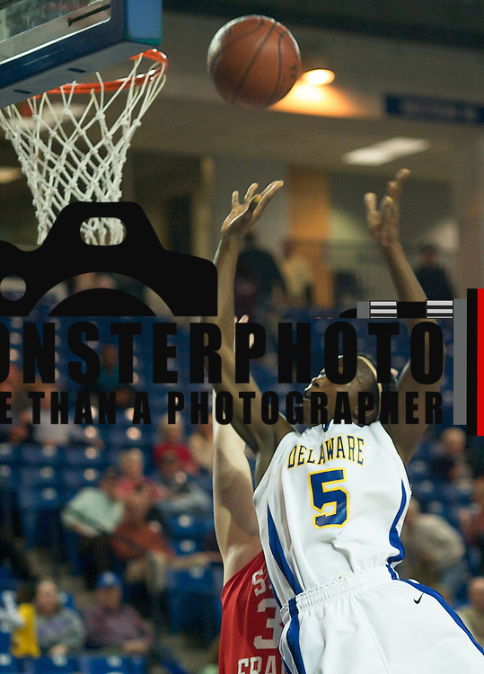 Junior Guard (#5) Vanessa Kabongo scoring 2 of her game high 7 points as The Lady Blue Hens Defeated The Lady Red Flash of St. Francis 68-52 at the The Bob Carpenter Center In Newark...The Lady Hens are 4-0 and will face La Salle Next...