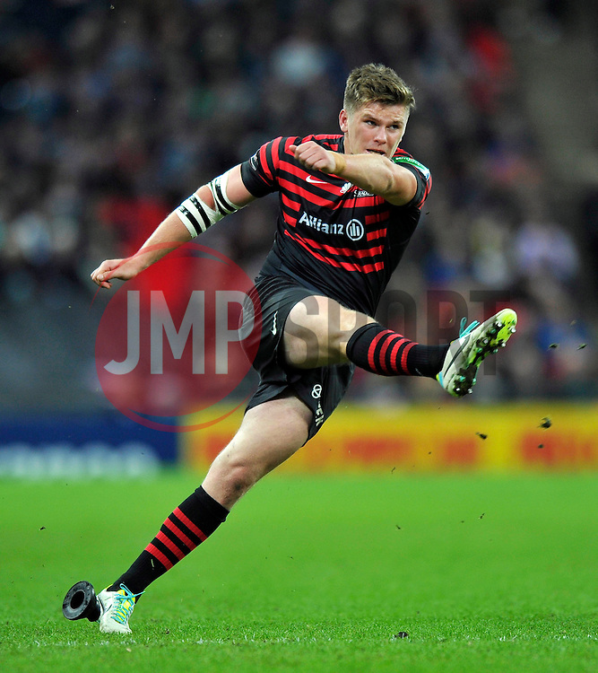 Saracens fly half Owen Farrell kicks for the posts - Photo mandatory by-line: Patrick Khachfe/JMP - Tel: 07966 386802 - 18/10/2013 - SPORT - RUGBY UNION - Wembley Stadium, London - Saracens v Toulouse - Heineken Cup Round 2.