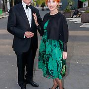 NLD/Hilversum/20180422 - Ontvangst gasten 27ste Coiffure Award Gala, Marijke Helwegen en partner Harry
