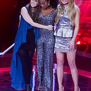 NLD/Amsterdam/20121130 - 4e liveshow The Voice of Holland 2012, Tessa Belinfante, Leona Philippo en Sandra van Nieuwland