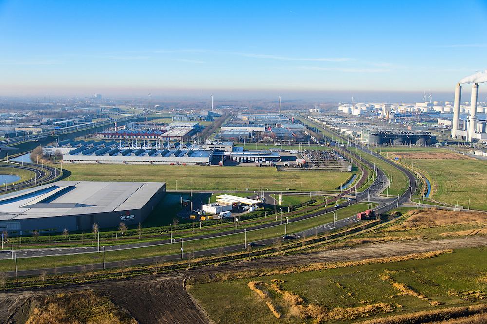 Nederland, Noord-Holland, Amsterdam, 11-12-2013; Westelijk Havengebied, Westpoort met Westpoortweg. Rechts AEB Afval Energie Bedrijf.<br /> Amsterdam western harbor area with smoking chimneys of AEB Waste and Energy Company (Waste Fired Power Plant).<br /> luchtfoto (toeslag op standaard tarieven);<br /> aerial photo (additional fee required);<br /> copyright foto/photo Siebe Swart.
