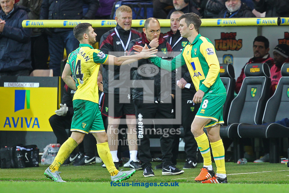 Wes Hoolahan of Norwich is replaced by Jonny Howson of Norwich during the Barclays Premier League match at Carrow Road, Norwich<br /> Picture by Paul Chesterton/Focus Images Ltd +44 7904 640267<br /> 12/12/2015