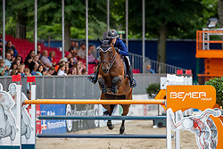 SHORT Emily (USA), TRIANON DU ROZEL<br /> Münster - Turnier der Sieger 2019<br /> BRINKHOFF'S NO. 1 -  Preis<br /> CSI4* - Int. Jumping competition  (1.50 m) -<br /> 1. Qualifikation Grosse Tour <br /> Large Tour<br /> 02. August 2019<br /> © www.sportfotos-lafrentz.de/Stefan Lafrentz