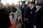 Koningin Beatrix opent nieuwe spoorlijn Hanzelijn op station Lelystad.De koningin is de eerste officiele reiziger in haar eigen koninklijke trein. Aan het spoortraject, dat de Randstad met het noorden van Nederland verbindt, is 6 jaar lang gewerkt. ///// Queen Beatrix opens the new railway line (Hanzelijn) in Lelystad.The Queen is the first official passenger in her own royal train. The railway line connects  the Randstad to the north of the Netherlands.<br />