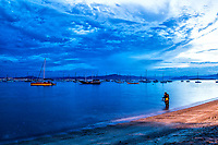 Praia de Santo Antonio de Lisboa ao anoitecer. Florianópolis, Santa Catarina, Brasil. / Santo antonio de Lisboa Beach at evening. Florianopolis, Santa Catarina, Brazil.