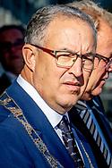 ROTTERDAM -Ahmed Aboutaleb is een Nederlandse politicus van Marokkaanse afkomst. Hij is sinds 5 januari 2009 burgemeester van Rotterdam. In zijn voorlaatste functie was hij vanaf 22 februari 2007 staatssecretaris van Sociale Zaken en Werkgelegenheid in het kabinet-Balkenende IV.ROBIN UTRECHT