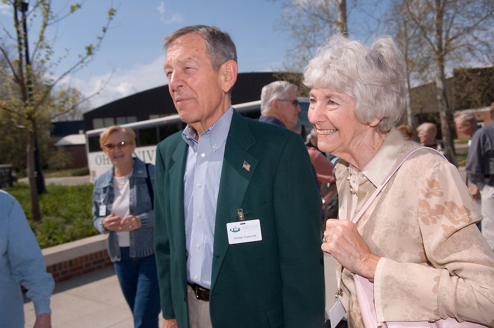 18660Golden Reunion, class of 1958: Tour of Baker Center..Senator George Voinovich and Mrs. Voinovich