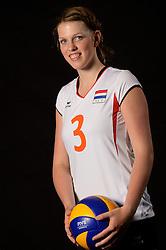 28-06-2013 VOLLEYBAL: NEDERLANDS MEISJES VOLLEYBALTEAM: ARNHEM <br /> Selectie Jeugd Oranje meisjes seizoen 2013-2014 / Maren Eppingbroek<br /> ©2013-FotoHoogendoorn.nl