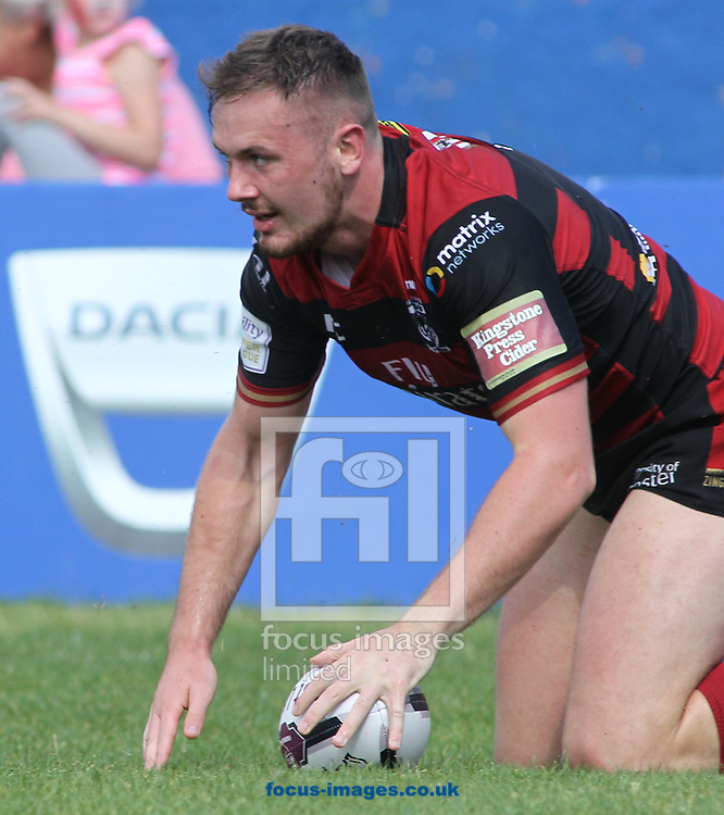 Ben Currie of Warrington Wolves  scores the try against Wakefield Trinity Wildcats during the Super 8s match at Belle Vue, Wakefield<br /> Picture by Stephen Gaunt/Focus Images Ltd +447904 833202<br /> 14/08/2016