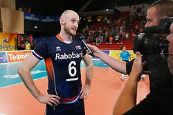 20170617 NED: FIVB Volleybal World League 2017 The Netherlands - Slovakia: Den Haag <br />Jasper Diefenbach (6) of The Netherlands <br />&copy;2017-FotoHoogendoorn.nl / Pim Waslander